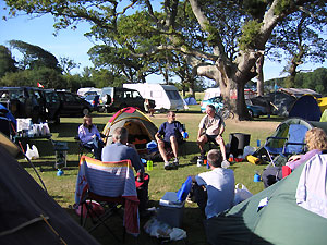 Farnham Runners camping at the 2005 Race The Train event