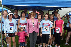 Group of Farnham Runners with the Mayor at the 2011 Alice Holt Races