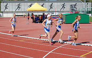 Jane Georghiou running in the 2015 World Masters 10000 metres