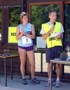 Race Director Charles Ashby making announcement at the 2003 Alice Holt 10K