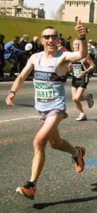 Vince Crowley running at the 2003 London Marathon