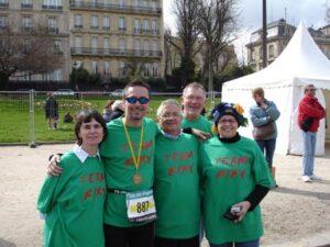 Graham Rix and support team after the 2006 Paris Marathon