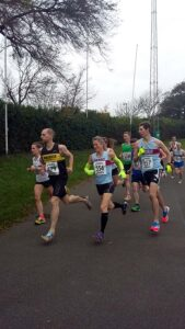 Members running at 2015 HRRL Victory 5