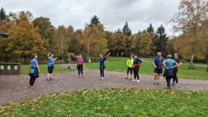 2020 Get Me Started course beginners group doing warm-up exercises