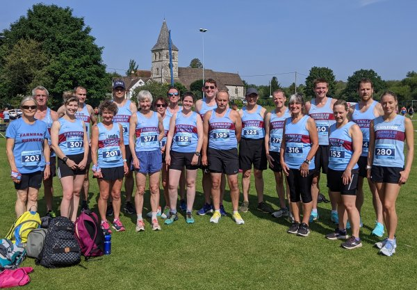 Farnham Runners pictured before the 2021 Overton 5